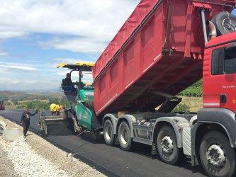 Фирма взима 70 млн. лв за пътни ремонти през задния вход на закона