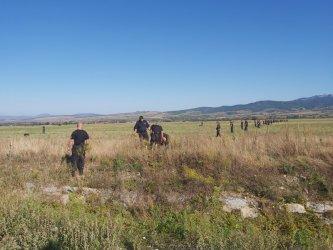 МВР и прокуратурата претърсват 120 кв. км заради изчезналия Янек Миланов от Дупница (видео)