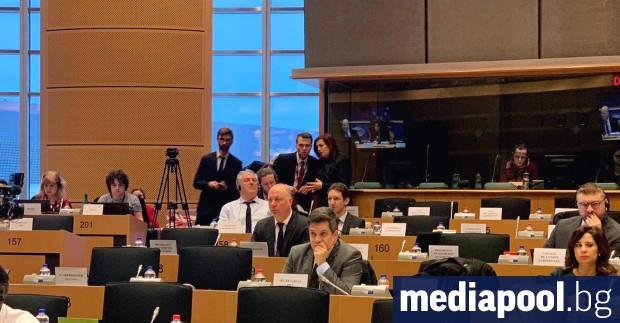 Българският евродепутат Радан Кънев е внесъл в деловодството на Европейския