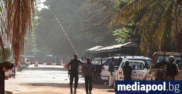 Неизвестни въоръжени лица отвлякоха днес в Мали председателя на парламента
