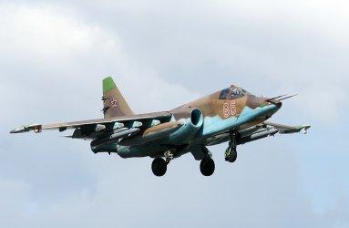 Първи модернизирани български Су-25 се връщат от Беларус