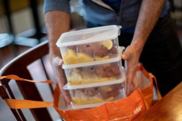 Заведения искат 9% ДДС и за храната за вкъщи