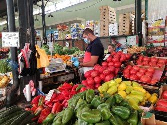 """Две трети от кантарите на пазара в столичния квартал """"Борово"""" с нарушения"""