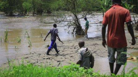 Необичайни дъждове и наводнения мъчат района на Сахел в Африка