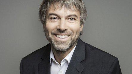 На 13 октомври бТВ става собственост на милиардера Петр Келнер