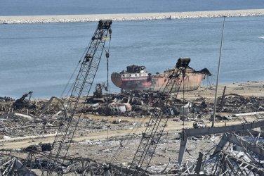 Ливанпоиска от Интерпол ареста на двама руснаци заради чудовищните експлозии