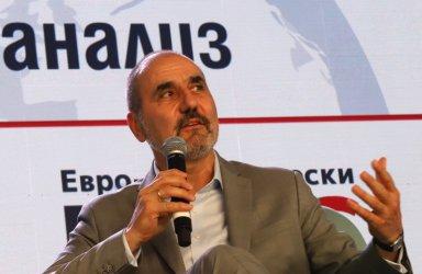 Стотици членове на СДС в Пловдивско отиват при Цветанов