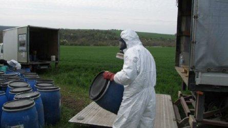 Започва обезвреждането на над 250 т стари пестициди във Франция