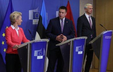 Със 720 млн. евро ЕК слага край на изолацията на балтийския енергиен пазар