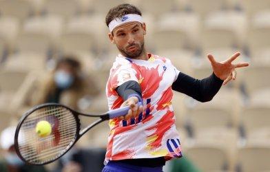 "С втора ""чиста"" победа Григор Димитров е в третия кръг на ""Ролан Гарос"""