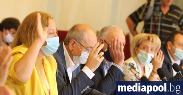 Депутатите от правната комисия отхвърлиха идеята на ГЕРБ за смесена