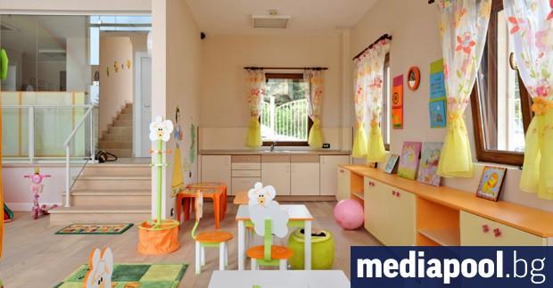 Децата, чиито родители имат постоянен адрес в София от над