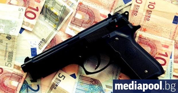 Водещият италиански прокурор за борба с мафията Джузепе Говернале заяви,