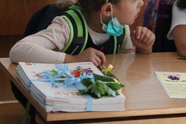 Вероятно и малките ученици ще минат на дистанционно обучение