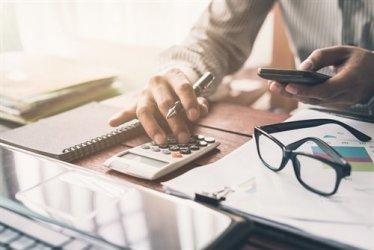 Фирмите вече ще плащат данък печалба до 30 юни