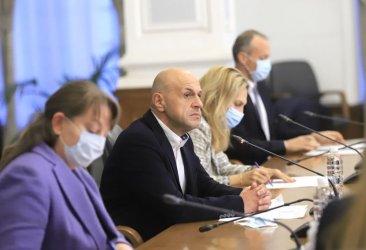 ГЕРБ се втурна да брани бюджета от критиките на Радев