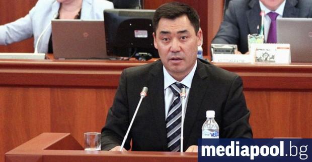 Парламентът на Киргизстан гласува днес за преустановяване на извънредното положение