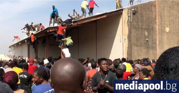 Все повече масови грабежи се извършват в Нигерия, въпреки репресиите