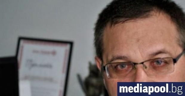 След тежко боледуване от Covid-19 в събота е починал акушер-гинекологът