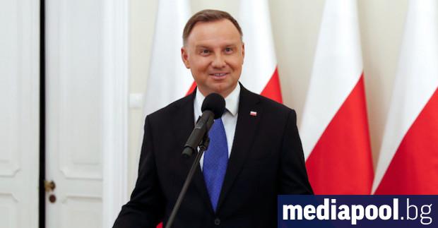 Полският президент Анджей Дуда каза, че самите жени би трябвало