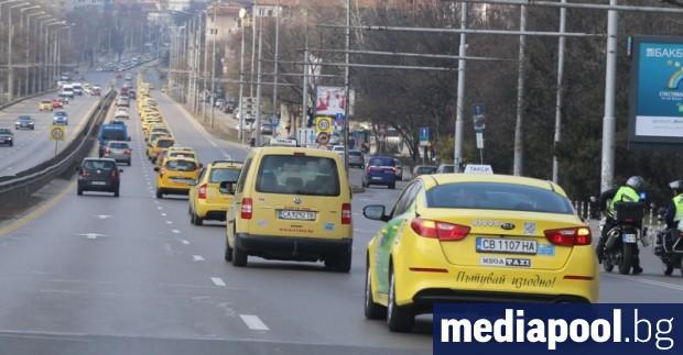 Държавата има готовност да подкрепи таксиметровите превозвачи за облекчаване на