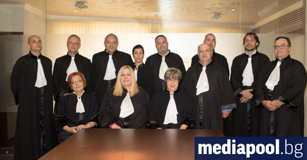 Висшият съдебен съвет (ВСС) да започне процедура по освобождаването на