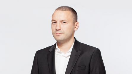 Журналистът от бТВ Петър Нанев става пиар на здравното министерство