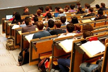 Бум на студентите по медицина
