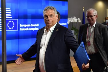 Унгарската опозиция се обединява срещу Орбан за изборите през 2022 г.