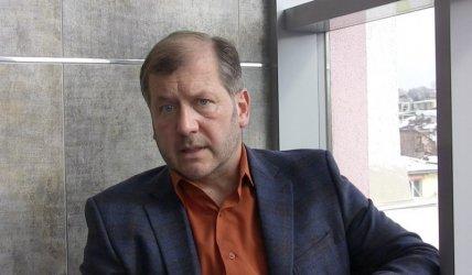 Адв. Екимджиев: Държавата бездейства престъпно и помага на вируса