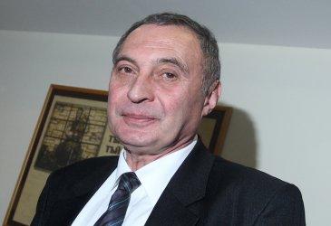 Член на ВСС почина от Covid-19
