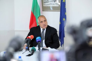 Борисов обеща на Брюксел невъзможен план за реформи