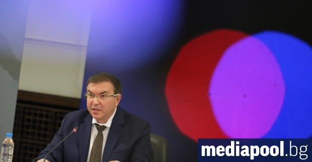 Правителството очаквано обяви в сряда сутринта налагането на по-строги мерки