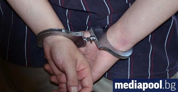 20-годишен мъж от Дупница е задържан във вторник с постановление