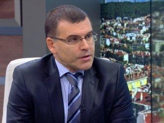 Дянков предлага комисия с Иван Костов и Пламен Орешарски за излизане от кризата