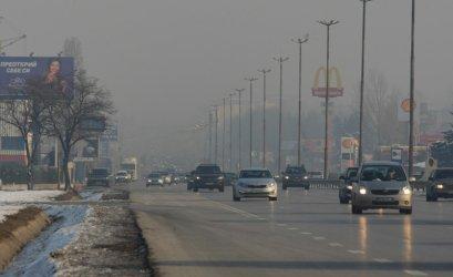 Два дни безплатни буферни паркинги към метрото заради мръсен въздух в София