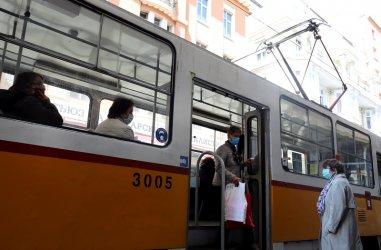 Столичният градски транспорт няма да е с намалено работно време