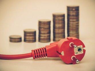 Българите плащат най-малко за ток в Европа, но им струва 7.2% от заплатата