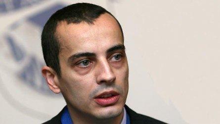 Зам.-кмет се размина с Фандъкова за отварянето на градините в София