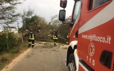 Трима загинали и двама изчезнали при жестоки наводнения в Сардиния