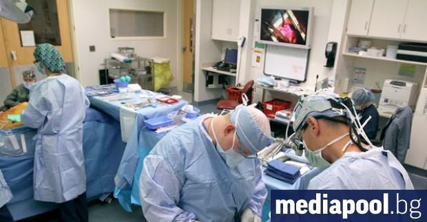 Хирурзи в Университетската болница в белгийския град Льовен извършиха първата