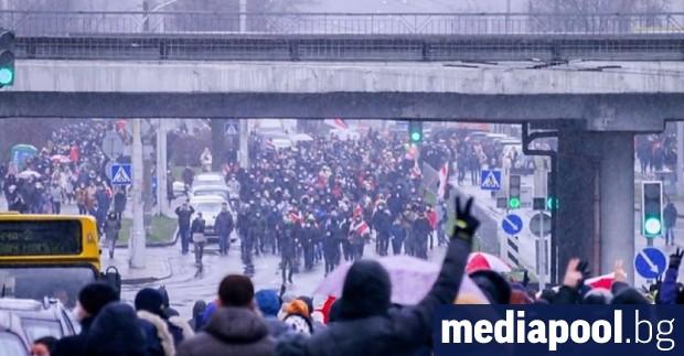Броят на задържаните на вчерашните протестни акции в Беларус надхвърли