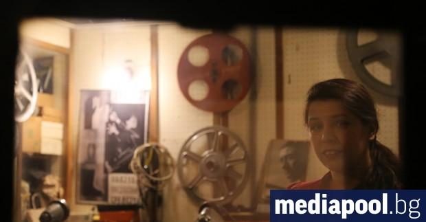 Асоциацията на българските киносалони се оплака, че е единственият сектор,