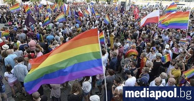Демонстрации бяха организирани днес във Варшава и близо 40 други