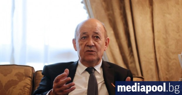 Френският външен министър Жан-Ив Льо Дриан обсъди в телефонен разговор