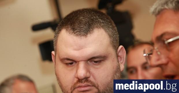 Kомисията по вътрешна сигурност към американския Сенат разследва депутатa от