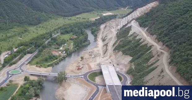 Най-скъпият път в България – през Кресненското дефиле, който е