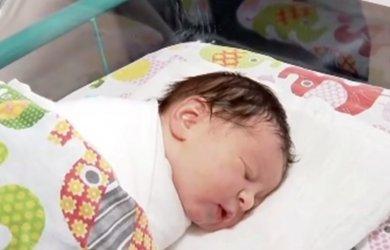 Първото бебе за годината е Лорен от Варна