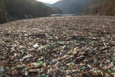 България – Островът на боклуците, населен с лицемери