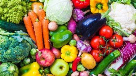 """Фонд """"Земеделие"""" възстановява безплатното раздаване на плодове и мляко за малките ученици"""